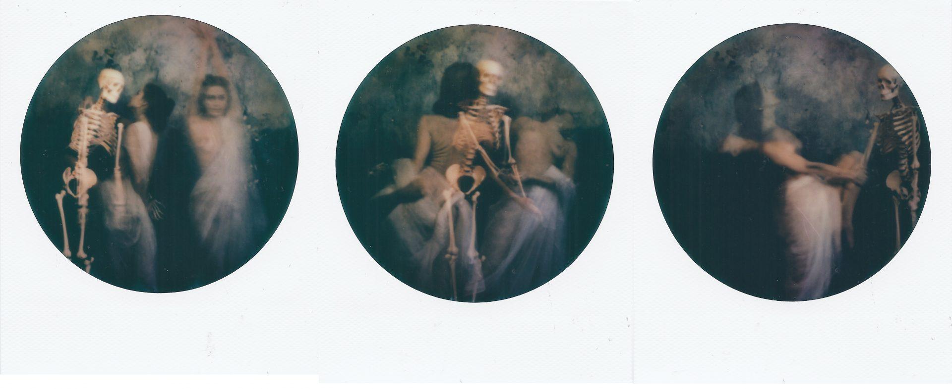 Erresullaluna_Danza Macabra_Impossible Color 600 Round Frame_Instant Lab