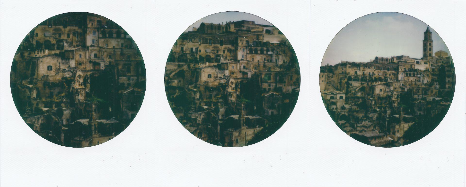 Erresullaluna_Inferno dantesco_Impossible Color 600 Round Frame_Instant Lab